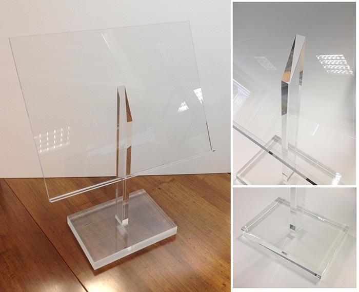 Produzione espositori in plexiglas da banco per negozi carpi modena - Leggio da tavolo per studiare ...